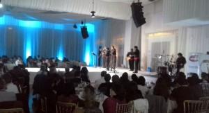 Show Beneficencia en Cochabamba